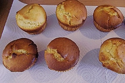 Extra White Chocolate Muffins 100