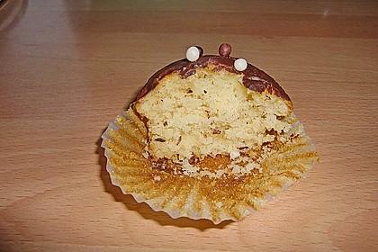 Extra White Chocolate Muffins 104