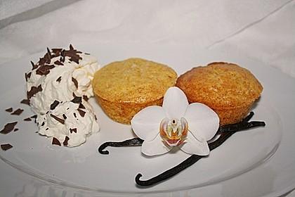 Extra White Chocolate Muffins 11
