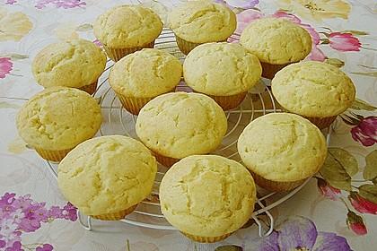 Extra White Chocolate Muffins 37