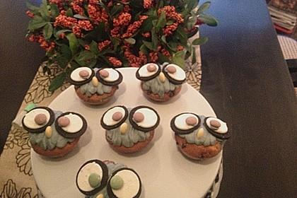 Extra White Chocolate Muffins 35