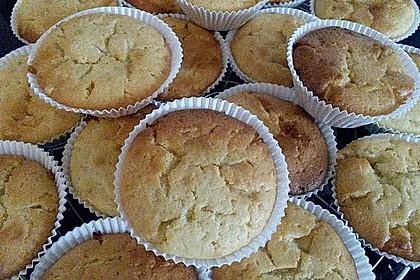 Extra White Chocolate Muffins 50