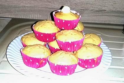 Extra White Chocolate Muffins 70