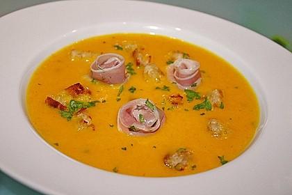Möhren - Ingwer - Suppe mit Parmaschinken 1