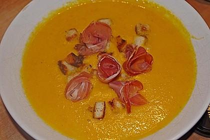 Möhren - Ingwer - Suppe mit Parmaschinken 3