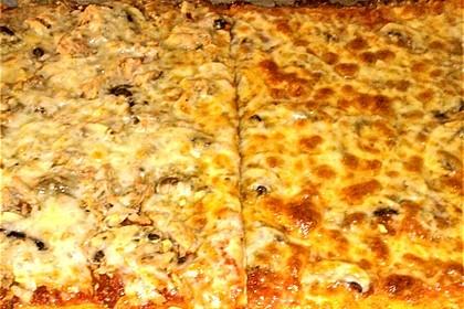 Pizzateig für ein Blech 7