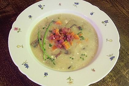 Mickys Kartoffelsuppe mit Champignons 32