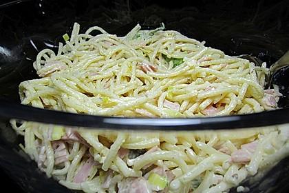Spaghettisalat mit Schinken und Lauch 1