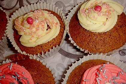 Cappuccino Cupcakes mit Cream - Cheese Frosting 16