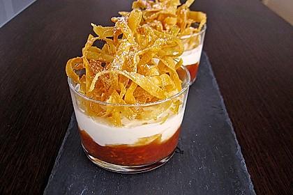 Tonka - Topfen - Mousse auf Blutorangenragout mit frittierten Karamell - Wan Tan