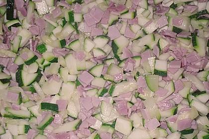 Zucchinisoße zu Pasta (Bild)