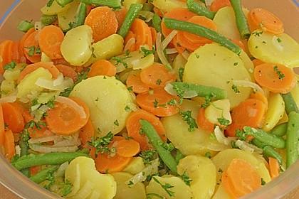 Kartoffelsalat mit Bohnen und Möhren 1