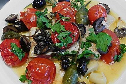 Seeteufel mit Tomaten, Kapern und Oliven