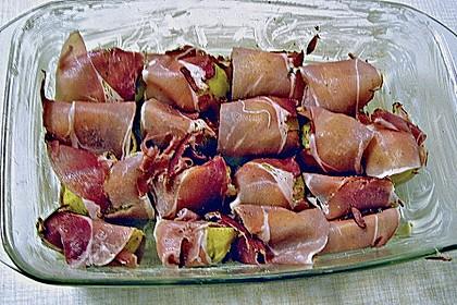 Mit Käse überbackene Kartoffeln und Schinken 9