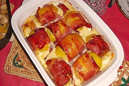 Mit Käse überbackene Kartoffeln und Schinken 2