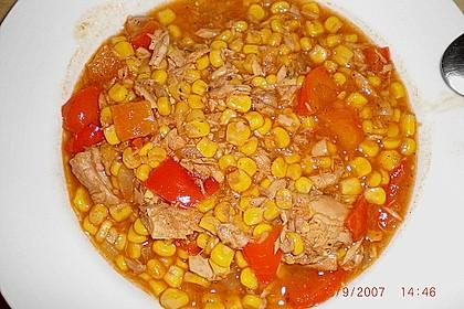 Maistopf mit Paprika und Thunfisch 2