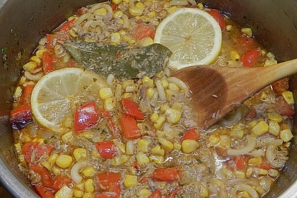 Maistopf mit Paprika und Thunfisch 1