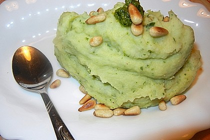 Kartoffelpüree mit Kräuter - Pesto