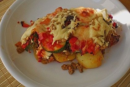 Mediterraner Kartoffel - Hackfleisch - Auflauf