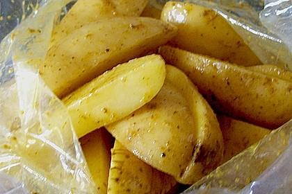 Würzige Kartoffelecken 13