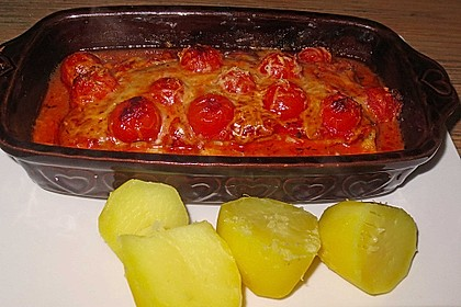 Überbackene Fischfilets in einer Kräuter - Tomatensoße 21