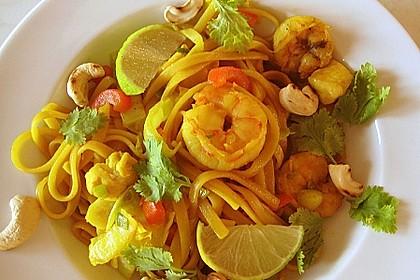 Scharfe Zitronenspaghetti mit Frischkäse und Garnelen 4
