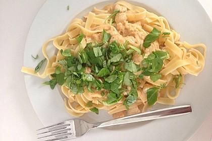 Scharfe Zitronenspaghetti mit Frischkäse und Garnelen 21