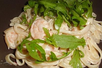 Scharfe Zitronenspaghetti mit Frischkäse und Garnelen 37