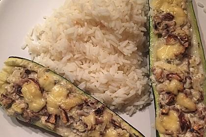 Gefüllte Zucchini (Bild)