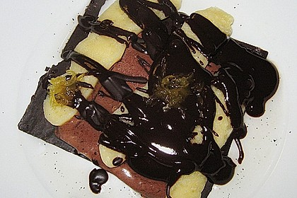 Geeiste Schokoladencreme mit Lemon Curd (Zitronencreme)