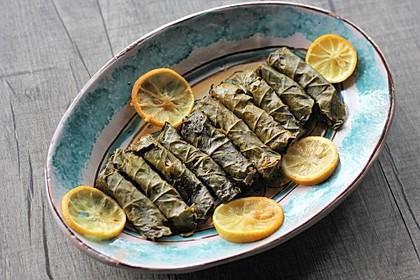 Gefüllte Weinblätter in Olivenöl