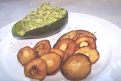Petersilienwurzel - Chips mit Avocadodip 1