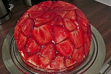 Erdbeer - Kuppeltorte à la Jessy 30