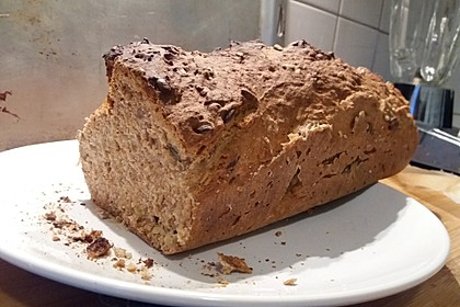 Saftiges Vollkornbrot 72