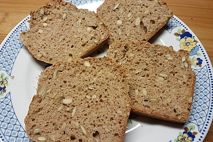 Saftiges Vollkornbrot 13