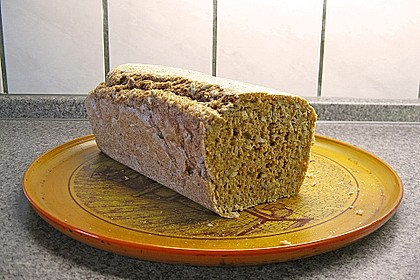 Saftiges Vollkornbrot 236