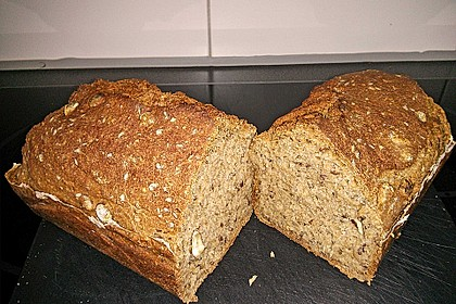 Saftiges Vollkornbrot 173