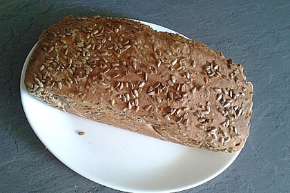 Saftiges Vollkornbrot 226