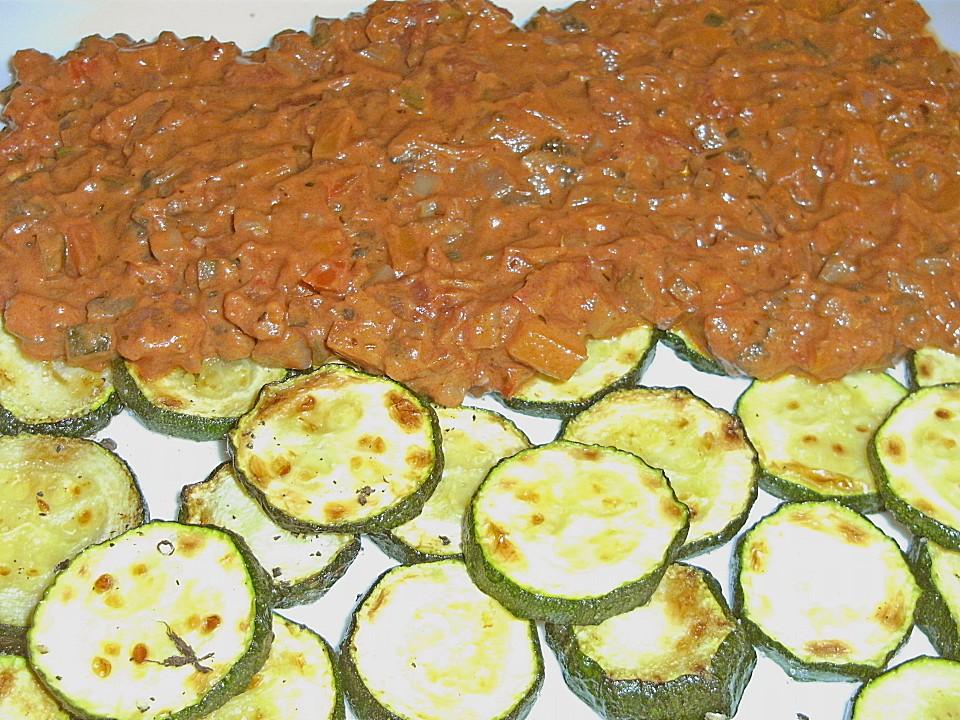 Sommergerichte Zucchini : Zucchini tomaten platte von karuni chefkoch