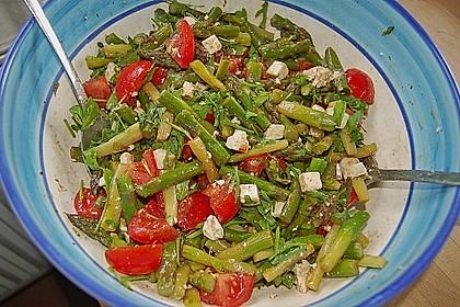 Salat mit Spargel, Rucola und Schafskäse 2