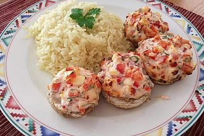 Vegetarisch gefüllte Champignons auf Reis 1