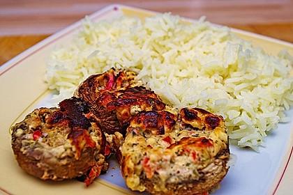Vegetarisch gefüllte Champignons auf Reis 8