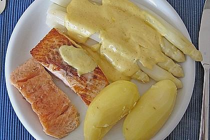 Spargel mit Sauce Hollandaise, neuen Kartoffeln und Kalbfleisch 3
