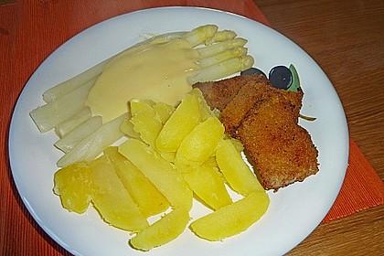 Spargel mit Sauce Hollandaise, neuen Kartoffeln und Kalbfleisch