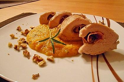 Gefüllte Hähnchenbrust auf Aprikosen-Rosmarin-Sauce 2