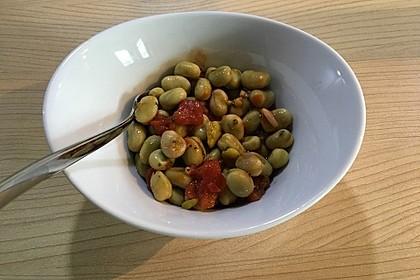 Salat aus weißen dicken Bohnen