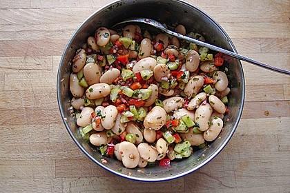 Salat aus weißen dicken Bohnen 1