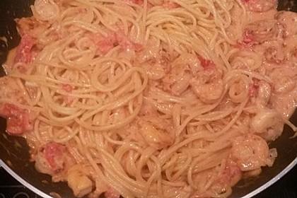 Spagetti mit Garnelen - Sahnesoße mit Cocktailtomaten 23