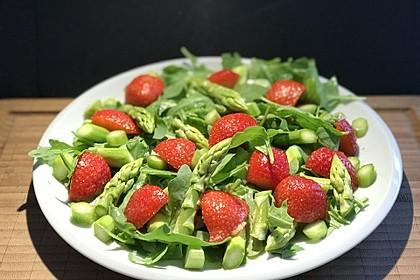 Rucola - Spargel - Erdbeer - Salat (Bild)