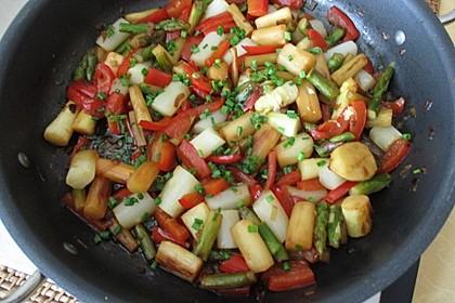 Spargel-Paprika-Gemüse, gebraten